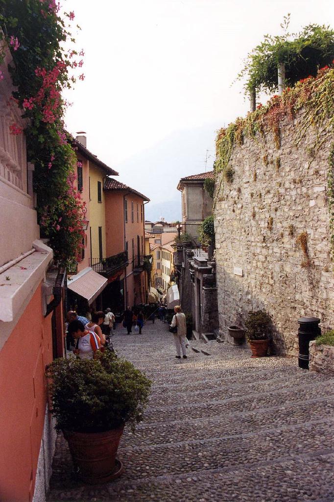 bellagio italy flickr