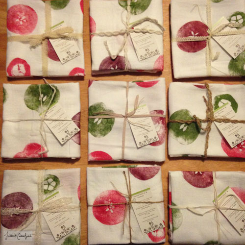 Tea-Towels-Packaged-for-Gift-Giving