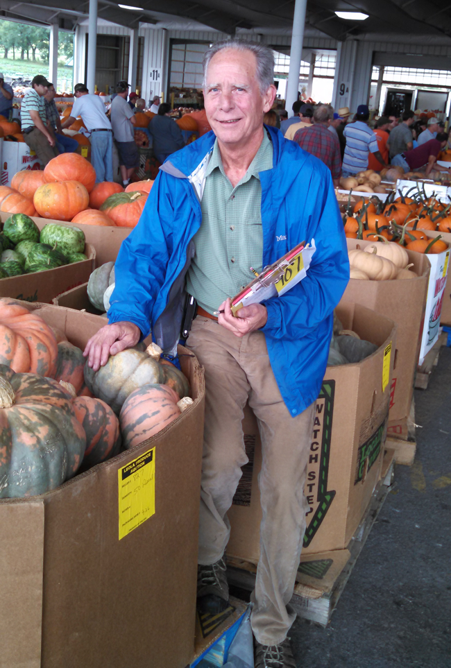 alfred-at-pumpkin-auction