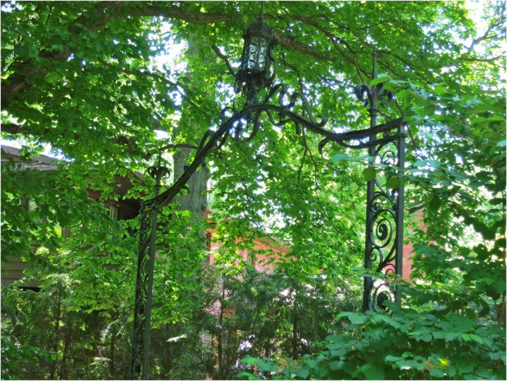 iron-bridal-gate